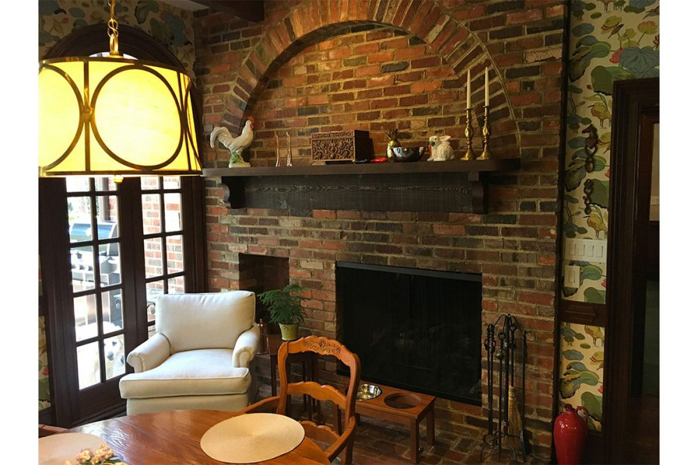 Antique Bricked Kitchen Fireplace